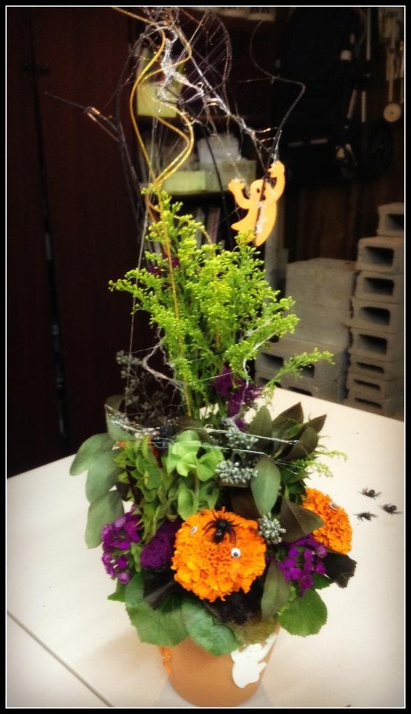 Adorno de flores para halloween