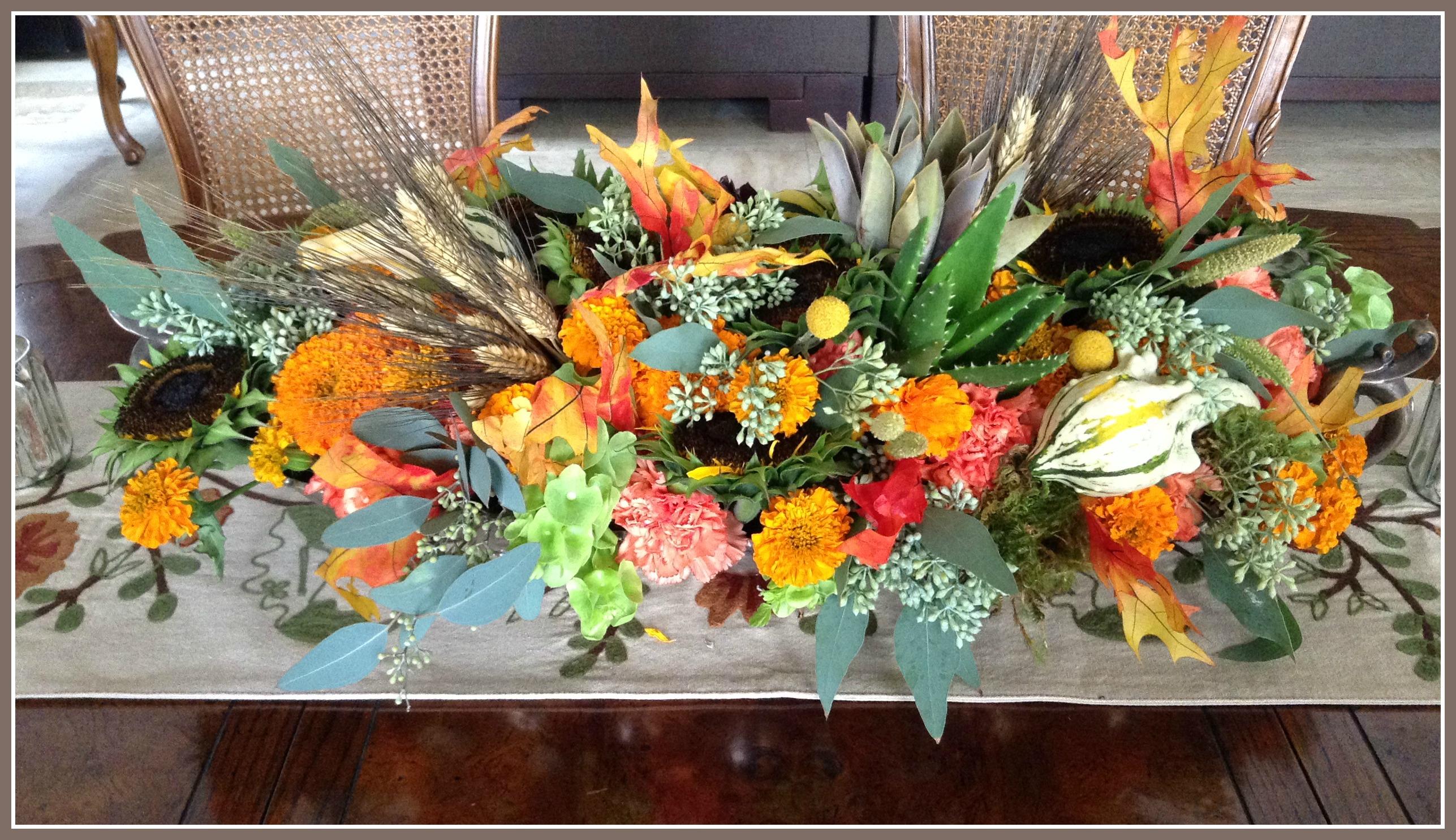 Decorando con flores en oto o ana galena for Centros de mesa de comedor