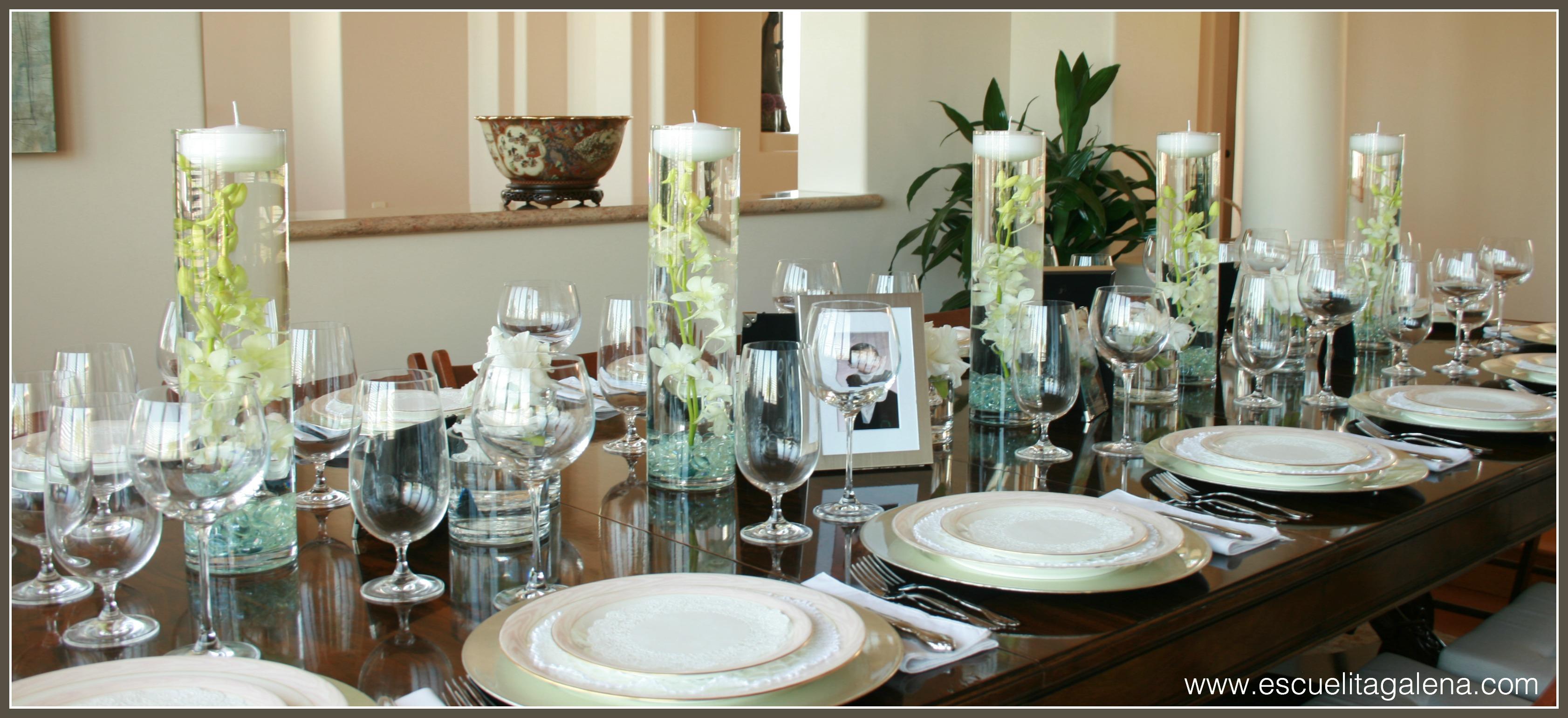 Centro de mesa moderno sencillo y elegante ana galena for Centros de mesa navidenos elegantes