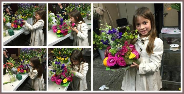 Mi hermosa aprendiz, feliz haciendo sus propios arreglos de flores.