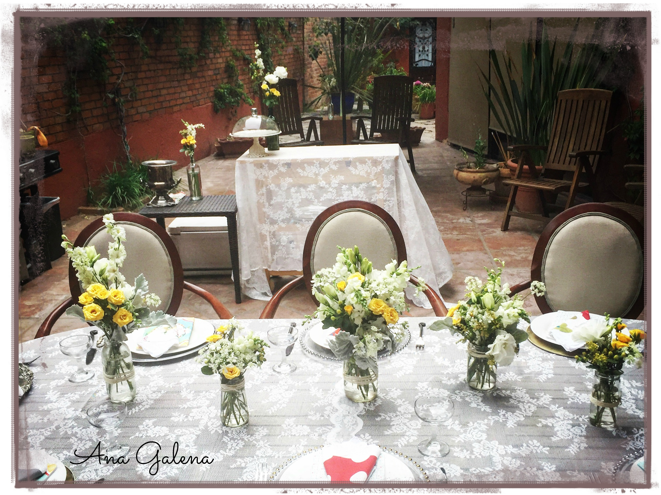 Como Decorar Un Buffet Con Flores